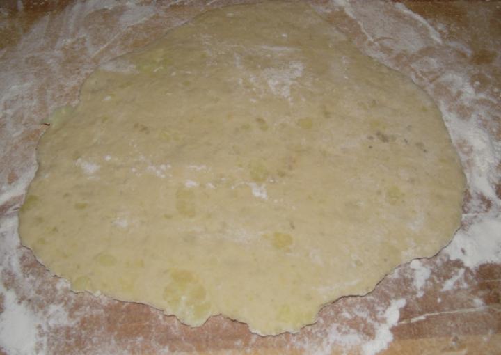Burgonyalángos maradékból elkészítés 3. lépés képe