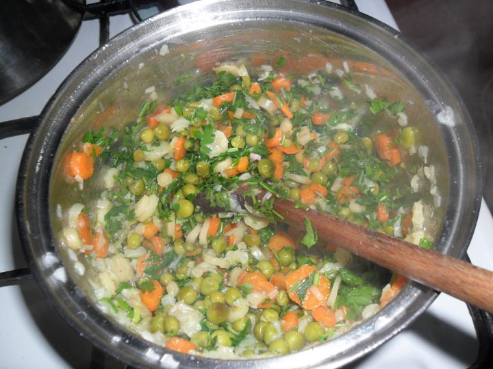 Zöldséges rizs elkészítés 3. lépés képe