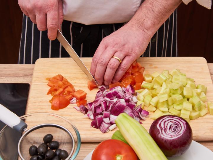 Görög saláta elkészítés 1. lépés képe