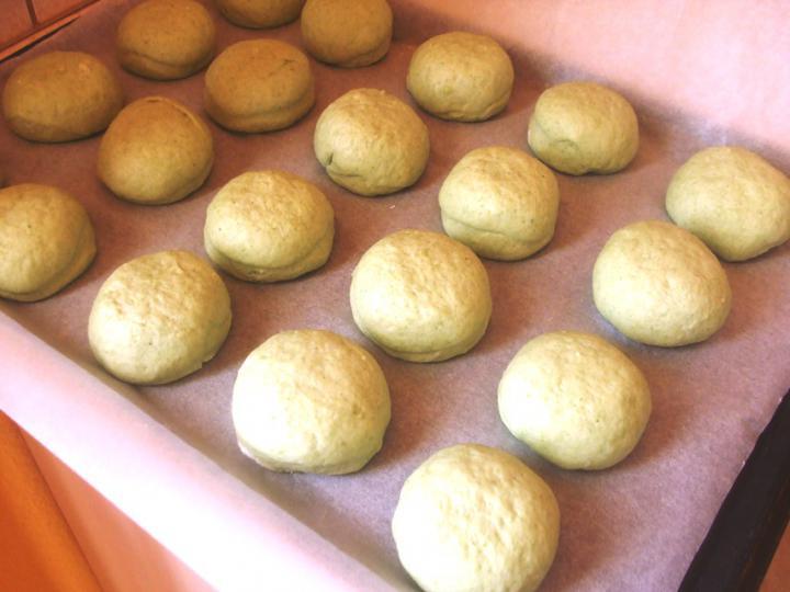 Parajos pogácsák elkészítés 6. lépés képe