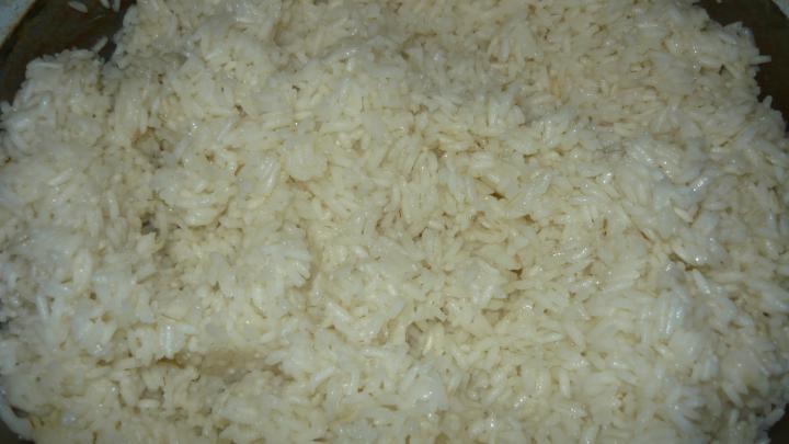 Dinsztelt csirkemáj rizzsel, savanyú káposztával elkészítés 5. lépés képe
