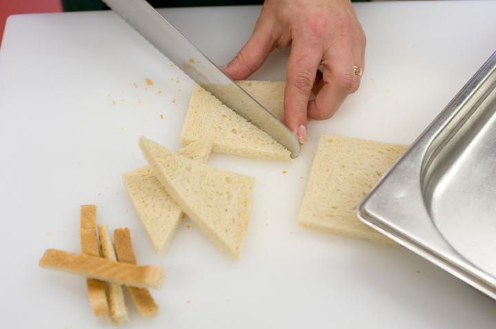 Orosz céklás saláta elkészítés 2. lépés képe