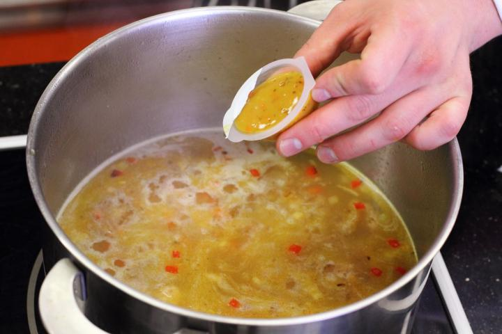 Charlestoni paradicsomos rizs elkészítés 5. lépés képe