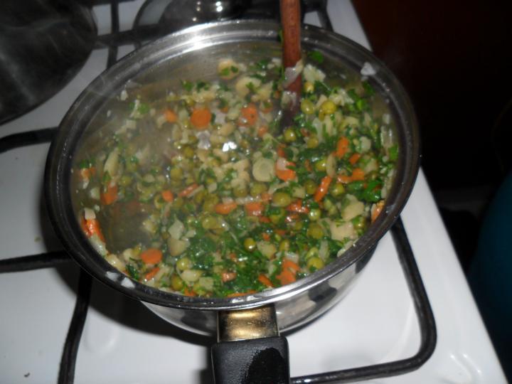 Zöldséges rizs elkészítés 4. lépés képe