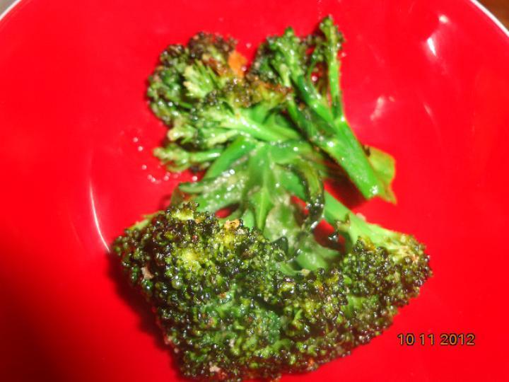 Sajtos karfiolkrém leves fokhagymás brokkolival elkészítés 5. lépés képe