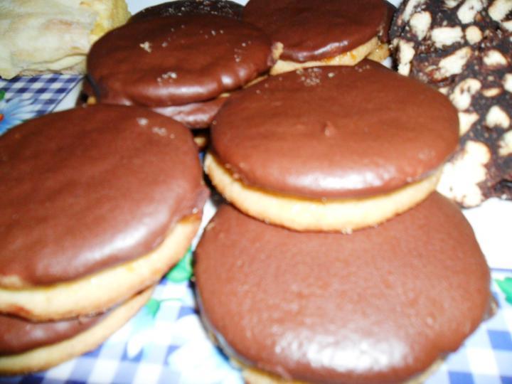 Csokis ischler elkészítés 4. lépés képe