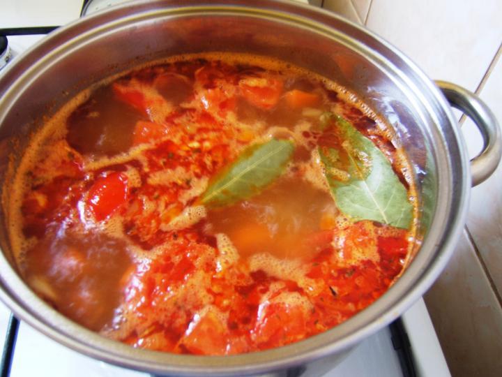 Tárkonyos burgonyaleves elkészítés 2. lépés képe