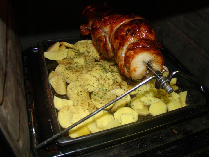 Malacsült, tepsis krumplival elkészítés 2. lépés képe