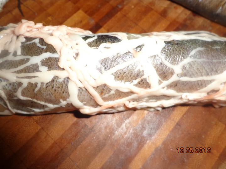 Gesztenyével töltött pisztráng sertés hálóban elkészítés 3. lépés képe