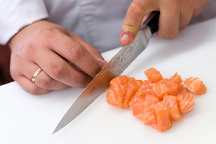 Pácolt lazac salátához elkészítés 1. lépés képe