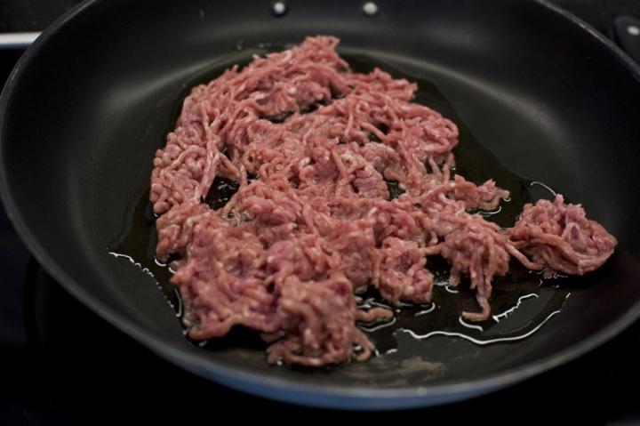 Empanada (spanyol húsos táska) elkészítés 1. lépés képe