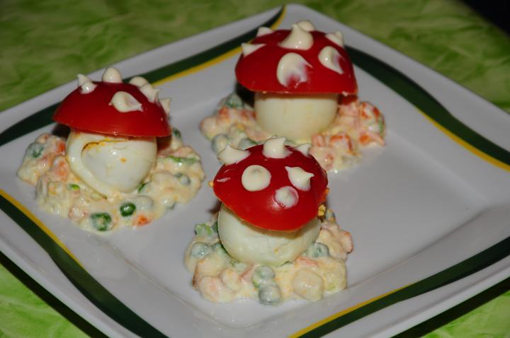 Gomba salátaágyon elkészítés 9. lépés képe