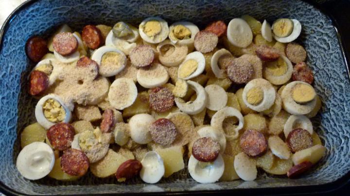 Rakott krumpli, ahogy Anyukám készíti elkészítés 2. lépés képe
