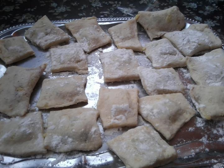 Csokikrémes, burgonyás derelye elkészítés 3. lépés képe