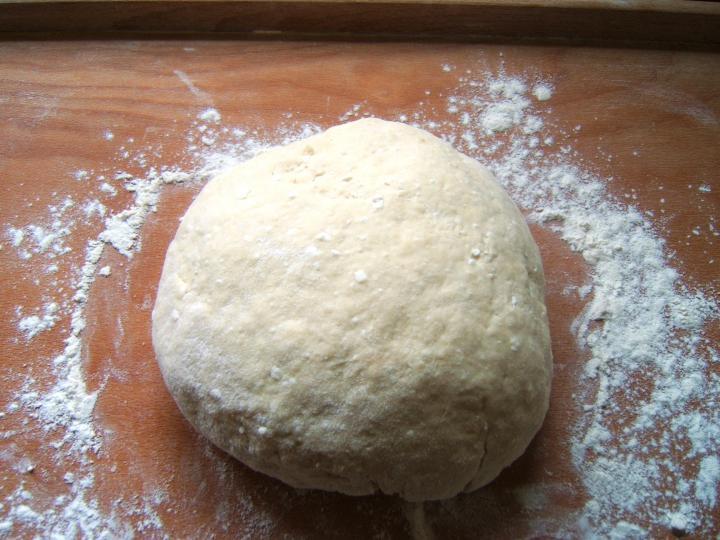 Túrós pogácsa elkészítés 2. lépés képe