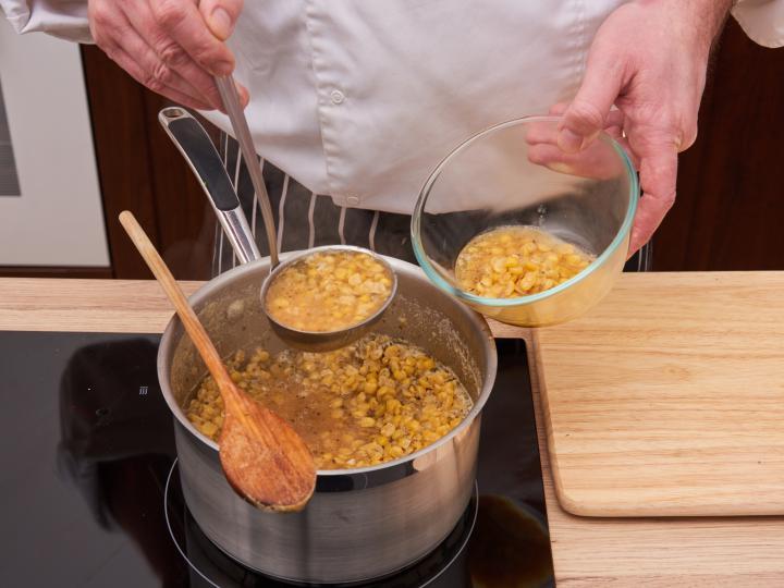 Sárgaborsó főzelék elkészítés 4. lépés képe