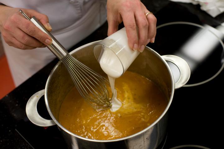 Sült padlizsán leves elkészítés 6. lépés képe