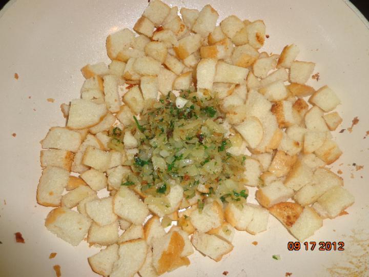 Szalontüdő zsemle-és burgonya gombóccal elkészítés 7. lépés képe
