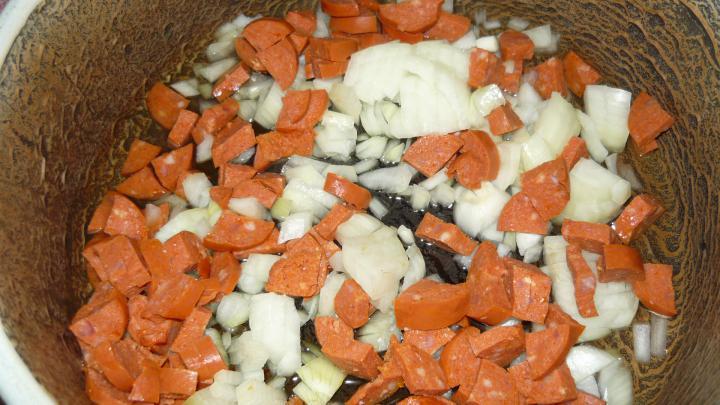 Paprikás krumpli egyszerűen elkészítés 1. lépés képe