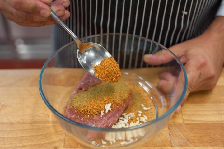 Zöldséges pulyka burger elkészítés 1. lépés képe