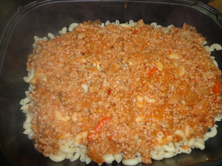 Édes-savanyú bolognai rakott tészta elkészítés 6. lépés képe