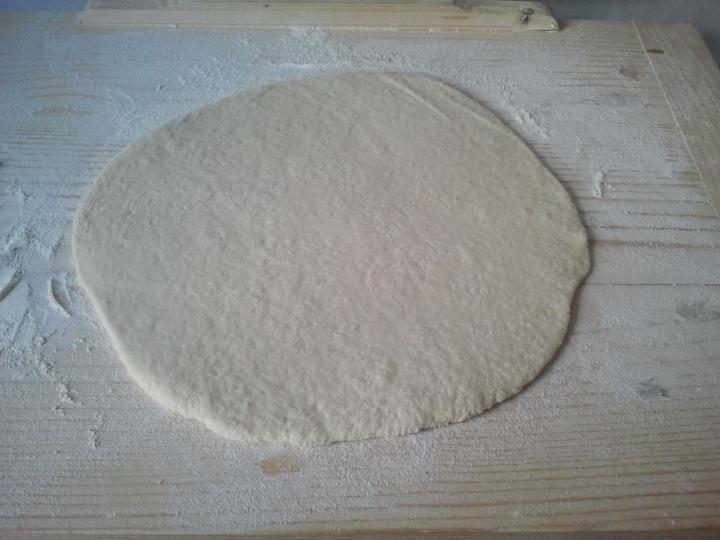 Alap pizzatészta elkészítés 1. lépés képe