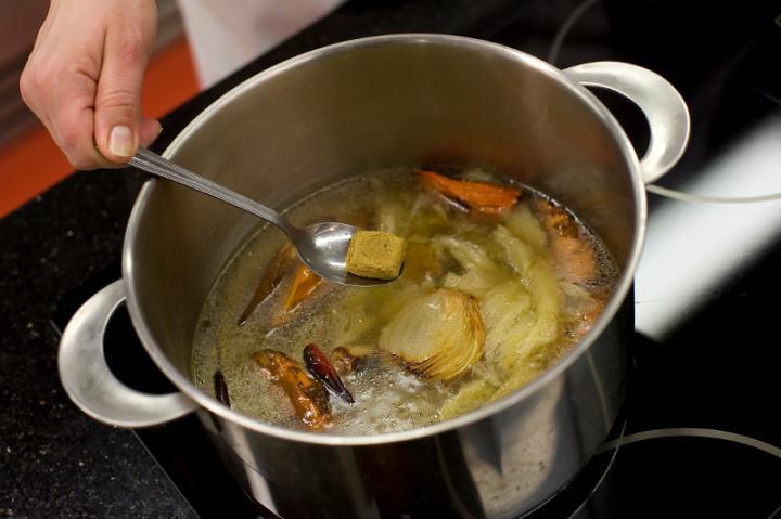 Sült padlizsán leves elkészítés 4. lépés képe