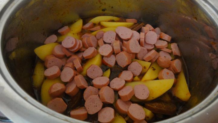 Paprikás krumpli elkészítés 7. lépés képe