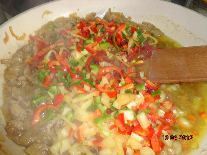 Vörös babos kínai tészta elkészítés 3. lépés képe
