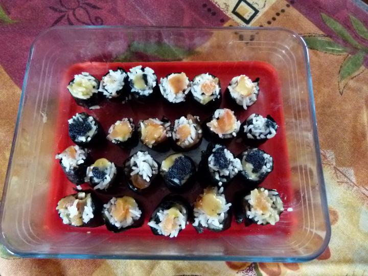 Noémi első sushija elkészítés 2. lépés képe