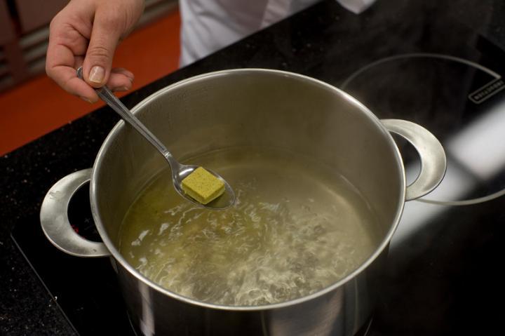 Pikáns tormás áfonya leves elkészítés 1. lépés képe