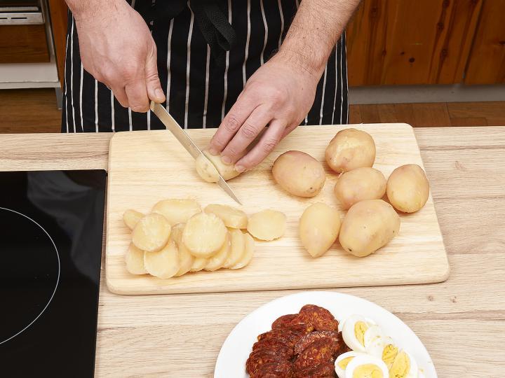 Rakott krumpli elkészítés 3. lépés képe