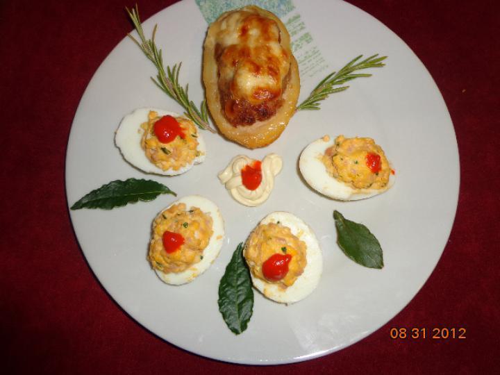 Töltött tojás kicsit másképp elkészítés 2. lépés képe