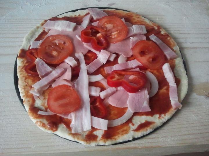 Alap pizzatészta elkészítés 3. lépés képe