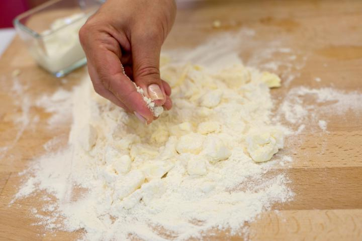 Provanszi paradicsomos pite elkészítés 1. lépés képe