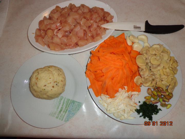 Csirkehúsos kosárkák elkészítés 1. lépés képe