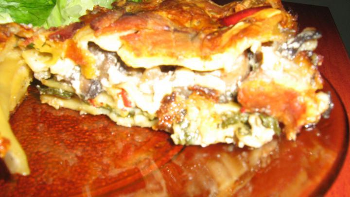 Baconös-bébispenótos-gombás-sültpaprikás lasagne elkészítés 1. lépés képe