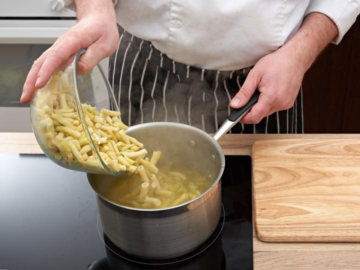 Rakott zöldbab elkészítés 2. lépés képe