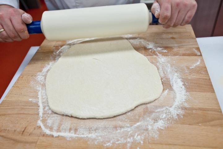 Tésztában sült tőkehal káposztával (kulebiak) elkészítés 5. lépés képe