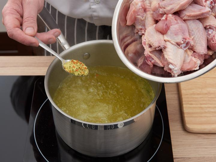 Csípős csirkeszárnyak elkészítés 1. lépés képe